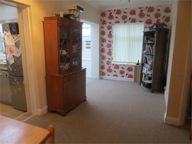 Refitted Kitchen/Family Room